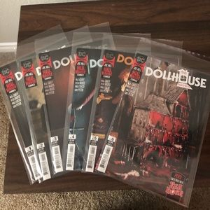 Hill House Comics The Dollhouse Family Complete